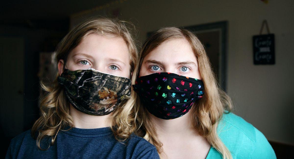 Cómo desinfectar las mascarillas de tela, según los expertos
