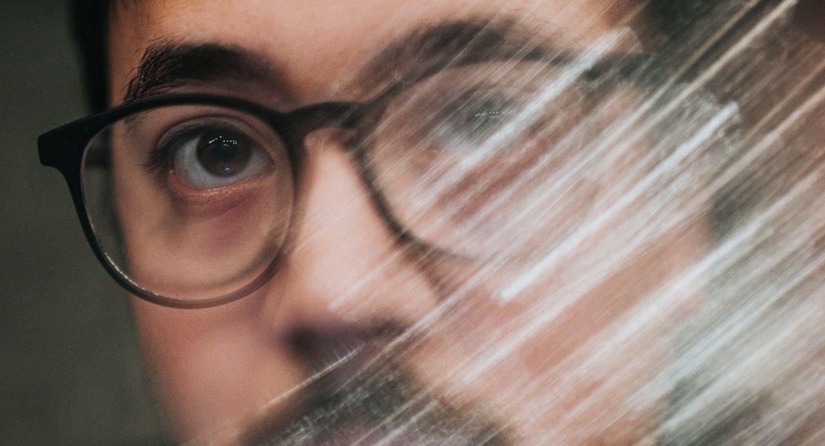 9 Señales para detectar un narcisista cerebral y cómo tratar con ellos