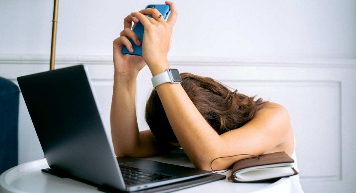 11 Señales de agotamiento (mental y físico)