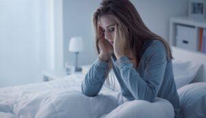 10 Razones médicas por las que podría tener insomnio