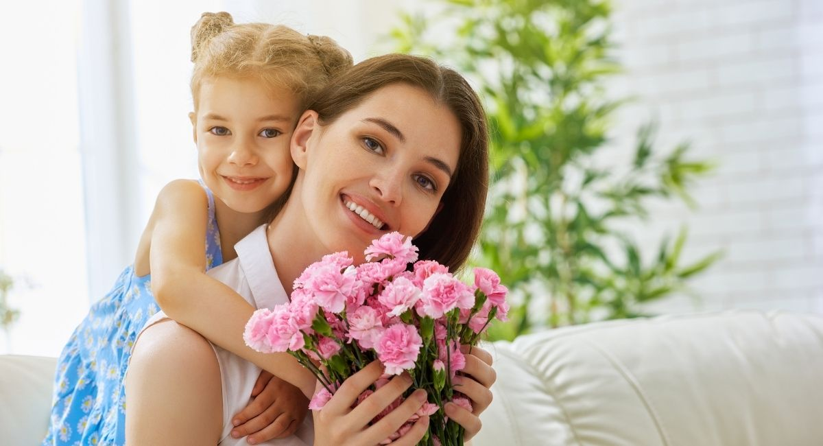 """Psicólogos de Harvard revelan que los padres que educan a niños """"buenos"""" hacen estas 5 cosas"""
