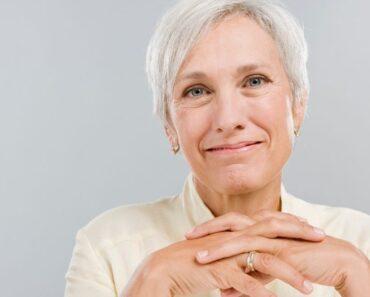 La razón por la que la gente se vuelve más pesimista a medida que envejece y cómo combatirla