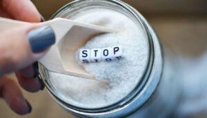 Científicos explican 5 cosas que le ocurren a tu cuerpo cuando comes demasiada sal