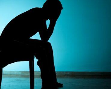 Psicólogos explican 12 señales de depresión bipolar que nunca hay que ignorar